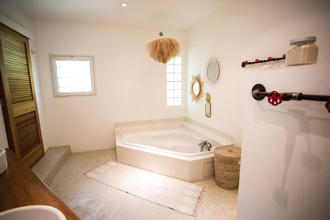 R novation de salle de bain la maison tropicale - Salle de bain tropicale ...